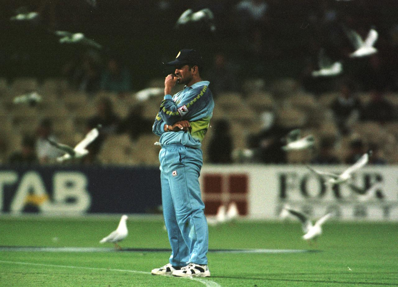 25 Jan 2000:  Indian captain Sachin Tendulkar looks on amongst the seagulls against Pakistan during the Carlton and United Breweries one day international between India and Pakistan at The Adelaide Oval, Adelaide, Australia. Mandatory Credit: Jack Atley/ALLSPORT