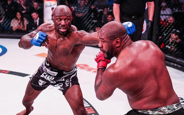 Mo Lawal (left) puts pressure on Rampage Jackson in their three-round repeat or revenge fight - Lucas Noonan/Bellator MMA