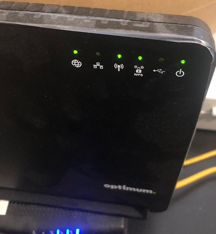 Check the indicators on your Wi-Fi router.