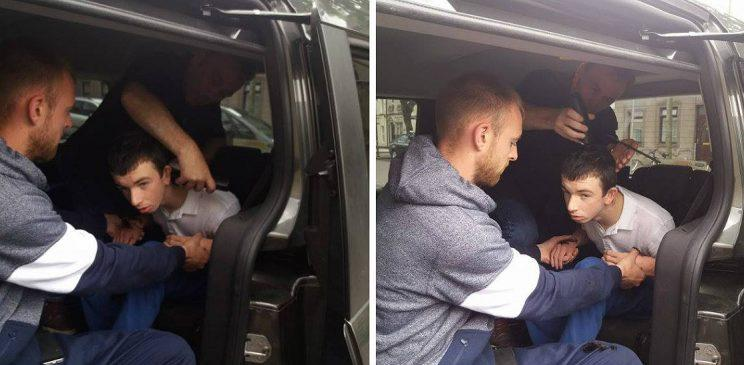 Hairdresser helps client with severe autism by giving him a cut in the car