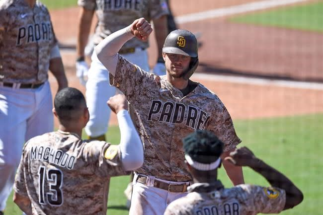Rally puts Padres back in playoffs for 1st time in 14 years