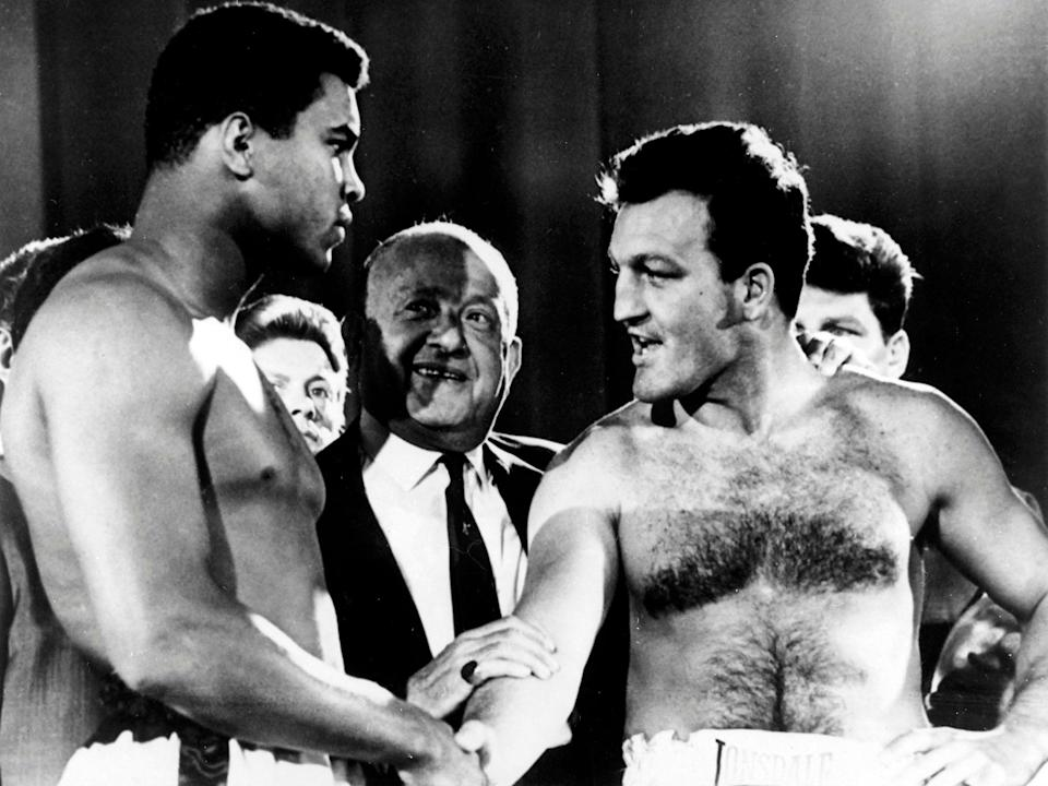 London shakes hands with Muhammad Ali before their Earls Court world title bout in 1966 (AFP/Getty)