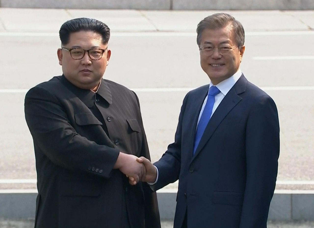 The two leaders will discuss whether the North can be persuaded to give up its nuclear bombs