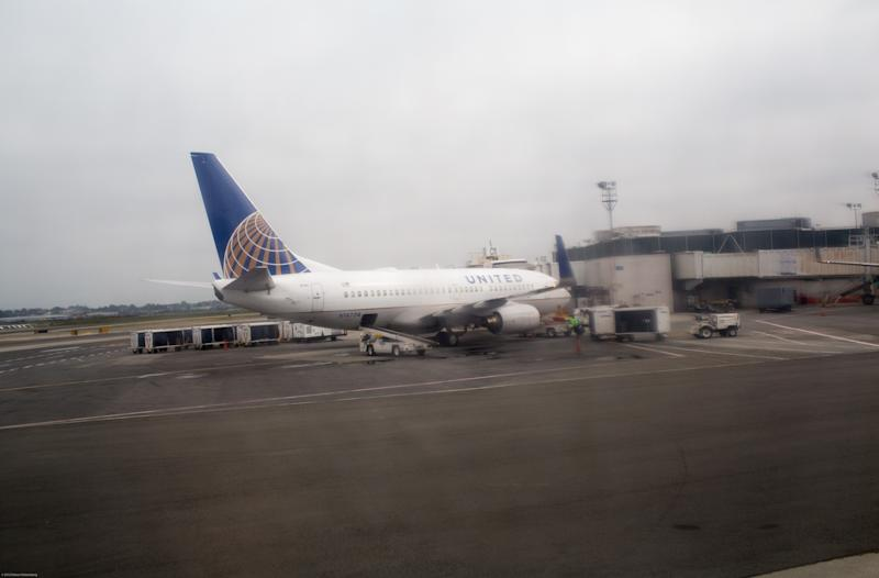 United Airlines Just Kicked This Couple Off Their Flight on the Way to Their Wedding