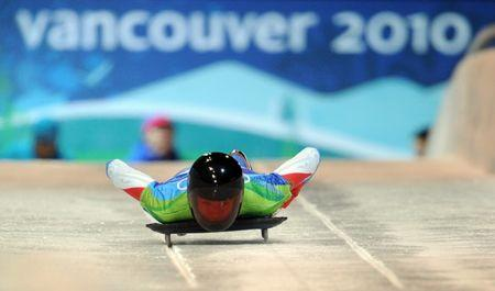 FILE PHOTO - CANADA-WHISTLER-WINTER OLYMPICS-MEN'S SKELETON-FINAL
