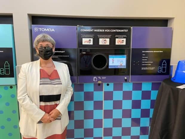 Sonia Gagné, president of Recyc-Québec, hopes the pilot project will incentivize Quebecers to recycle widely.  (Rowan Kennedy/CBC - image credit)