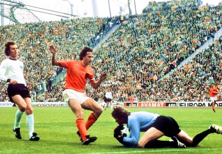 Cruyff to get his own musical