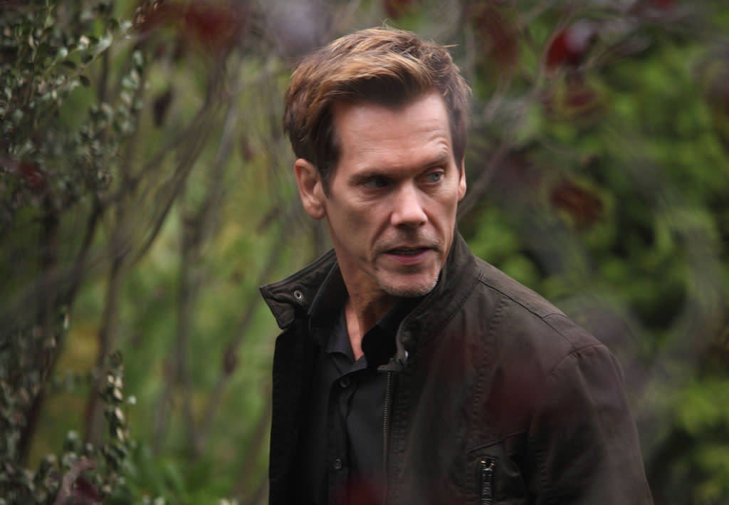 "Ryan Hardy (Kevin Bacon) in the ""The Siege"" episode of ""The Following."""