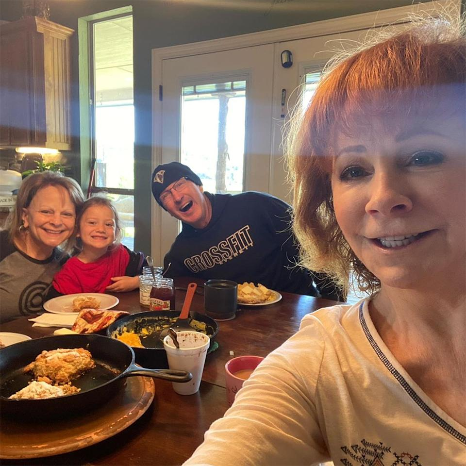 "<p>""Breakfast with my quarantine buddies!"" wrote the country music icon, snapping a <a href=""https://www.instagram.com/p/B-cVEsblt-L/"">kitchen selfie</a> with her family. Look at those biscuits! </p>"