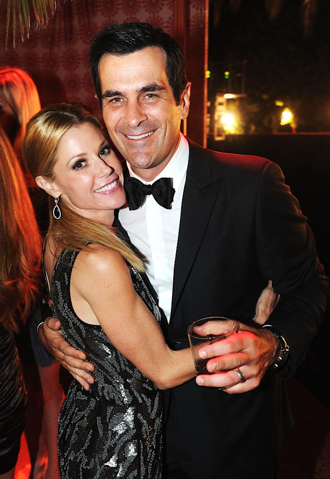 """""""Modern Family's"""" Julie Bowen and Ty Burrell were all smiles because they both earned individual Emmys, and their hit sitcom won its second consecutive award for Outstanding Comedy Series. Jeff Kravitz/<a href=""""http://www.filmmagic.com/"""" target=""""new"""">FilmMagic.com</a> - September 18, 2011"""