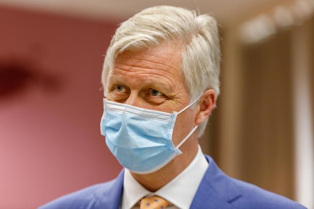 King Philippe of Belgium wears a mask in Antwerp. (Getty Images)