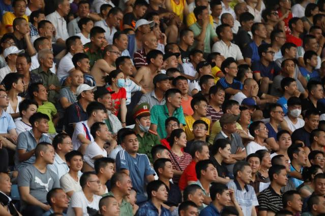 Vietnam reopens its national soccer league for crowd after Covid-19