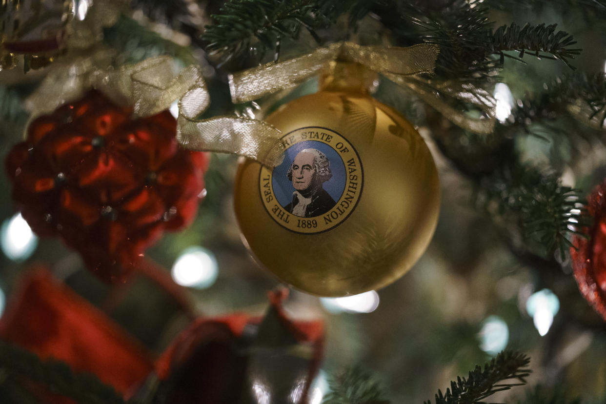 An ornament with an image of President George Washington is seen during the 2018 Christmas preview at the White House in Washington, Monday, Nov. 26, 2018. (Photo: Carolyn Kaster/AP)