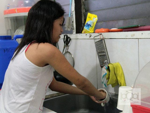 Should household helpers get 13th month pay?