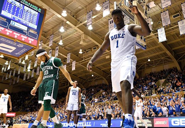 "<a class=""link rapid-noclick-resp"" href=""/ncaab/players/147096/"" data-ylk=""slk:Zion Williamson"">Zion Williamson</a> flew higher than any 285-pound man should be able to against Eastern Michigan. (Getty)"