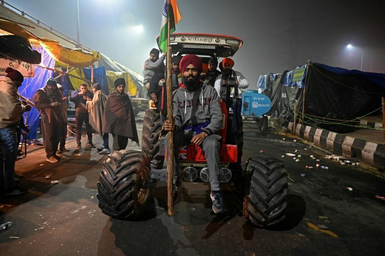 Reinforcements for the protest movement have arrived on tractors