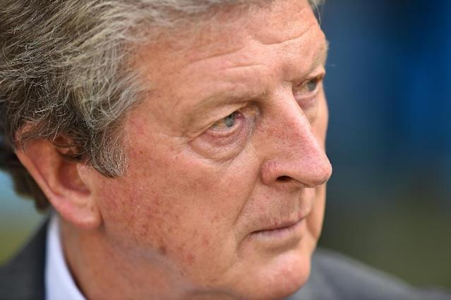 England's coach Roy Hodgson looks on during the Group D football match between Costa Rica and England at The Mineirao Stadium in Belo Horizonte on June 24, 2014 (AFP Photo/Ben Stansall)