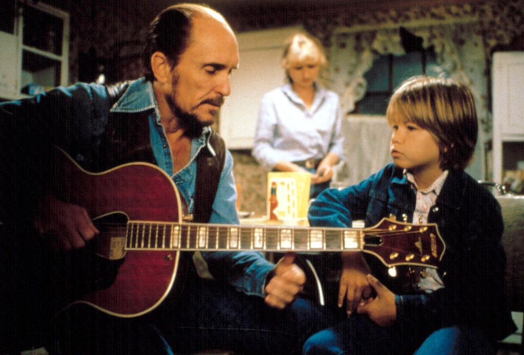 """<a href=""""http://movies.yahoo.com/movie/1800125842/info"""">TENDER MERCIES</a>(1982)   Actor: Robert Duvall   Character: Mac Sledge  Note: Robert was so keen on making the role seem authentic that he toured Texas in a small country band every free weekend the movie was shot."""