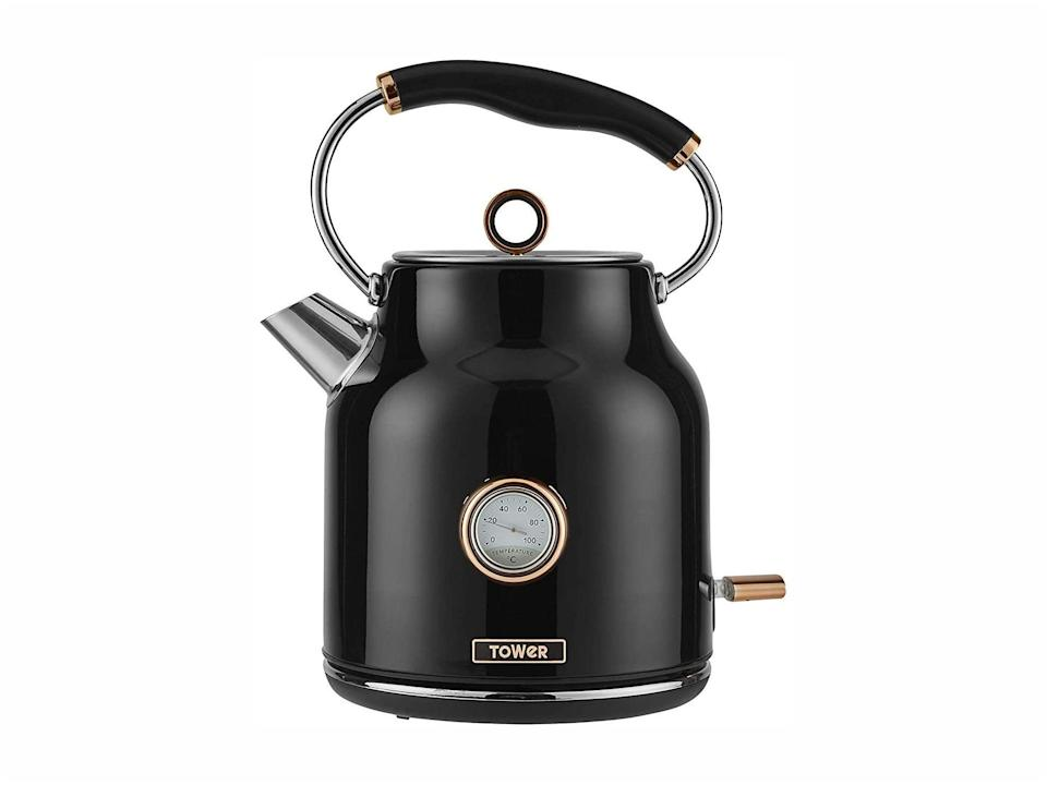 Tower bottega T10020 rapid boil traditional kettle, black and rose gold: Was £69.99, now £34.99, Amazon.co.uk (Amazon)