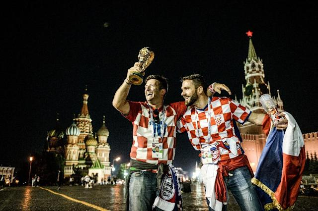 Croatia fans celebrate their team's World Cup semi-final victory against England in Moscow (AFP Photo/Konstantin CHALABOV)