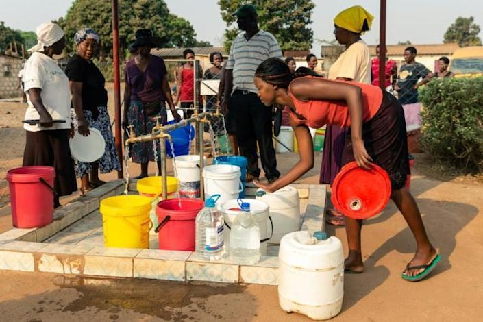 Harare authorities have long struggled to ensure constant water supplies to residents (AFP Photo/Jekesai NJIKIZANA)