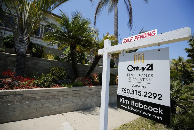 Single family home is shown with a sale pending in Encinitas