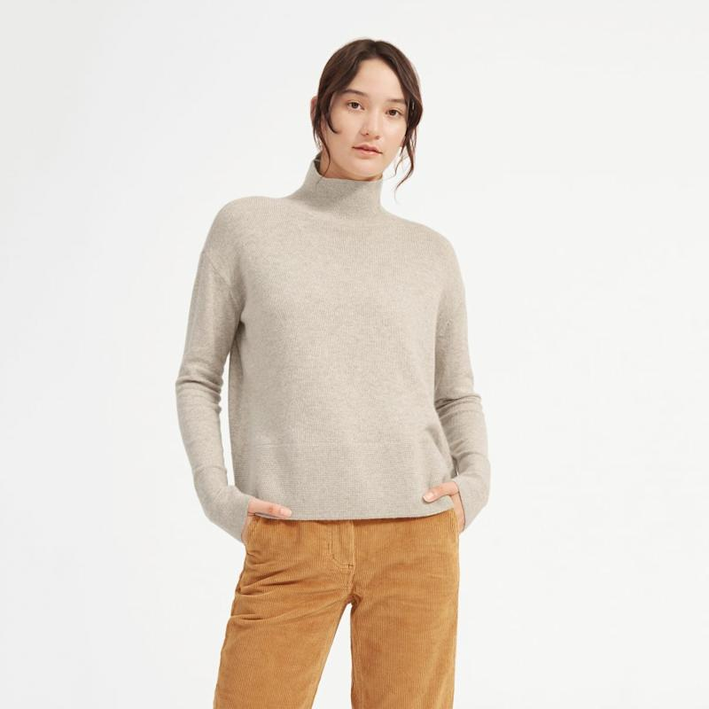Everlane Cashmere Square Turtleneck in light oatmeal