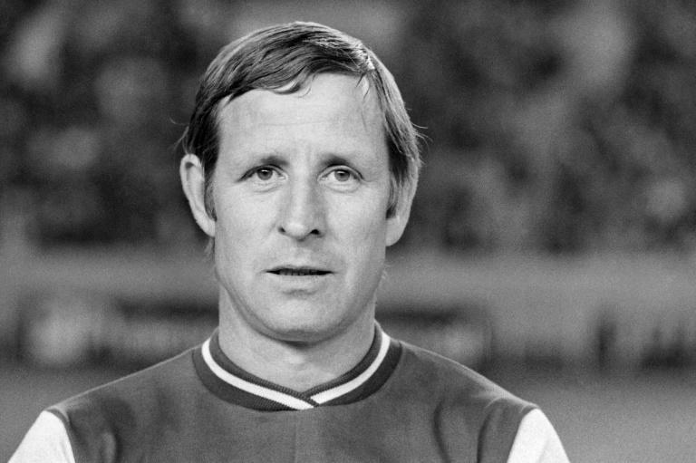 Raymond Kopa, seen here in 1973, became the first French player to win the Ballon d'Or in 1958