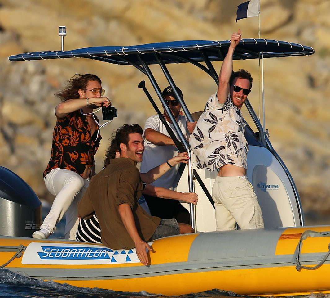 <p>Fassbender and friends enjoying their time in Ibiza. (Photo: Splash) </p>