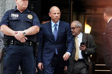 Michael Avenatti wants to hire lawyer who specializes in 'hopeless' cases