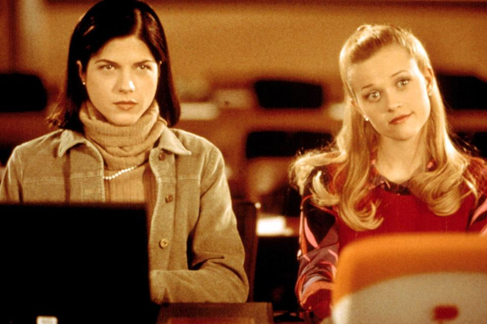 LEGALLY BLONDE, Selma Blair, Reese Witherspoon, 2001