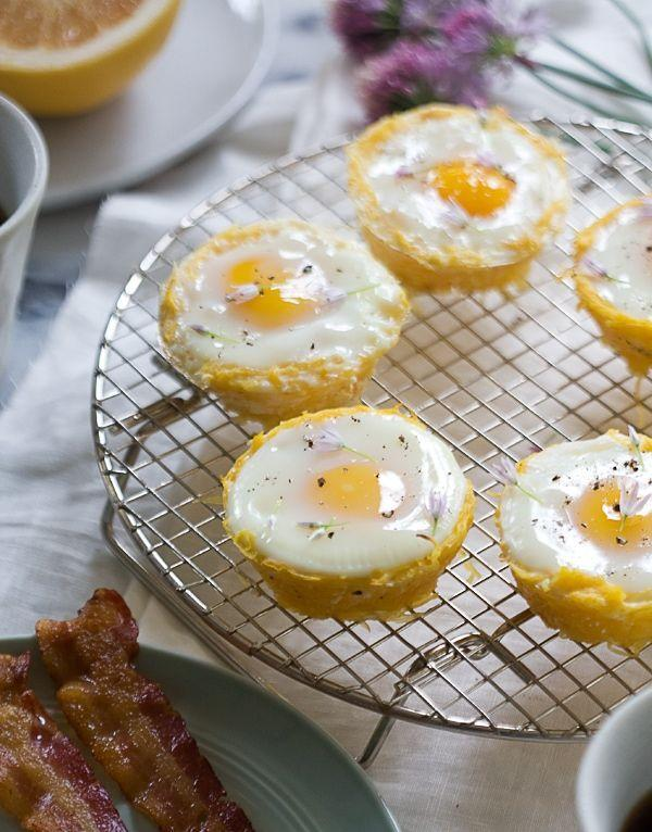 """<p>These are a low-carb version of traditional <a href=""""https://www.thepioneerwoman.com/food-cooking/recipes/a10962/eggs-in-hash-brown-nests/"""" rel=""""nofollow noopener"""" target=""""_blank"""" data-ylk=""""slk:hash brown nests"""" class=""""link rapid-noclick-resp"""">hash brown nests</a>—they're made with spaghetti squash instead of potatoes! They make a beautiful presentation for a holiday brunch.</p><p><strong>Get the recipe at <a href=""""https://www.acozykitchen.com/spaghetti-squash-egg-baskets"""" rel=""""nofollow noopener"""" target=""""_blank"""" data-ylk=""""slk:A Cozy Kitchen"""" class=""""link rapid-noclick-resp"""">A Cozy Kitchen</a>. </strong></p><p><strong><a class=""""link rapid-noclick-resp"""" href=""""https://go.redirectingat.com?id=74968X1596630&url=https%3A%2F%2Fwww.walmart.com%2Fsearch%2F%3Fquery%3Dpioneer%2Bwoman%2Bkitchen%2Btowel&sref=https%3A%2F%2Fwww.thepioneerwoman.com%2Ffood-cooking%2Fmeals-menus%2Fg34922086%2Fhealthy-breakfast-ideas%2F"""" rel=""""nofollow noopener"""" target=""""_blank"""" data-ylk=""""slk:SHOP KITCHEN TOWELS"""">SHOP KITCHEN TOWELS</a> <br></strong></p>"""