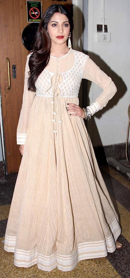 Anushka goes for an earthy look in this nude coloured outfit.