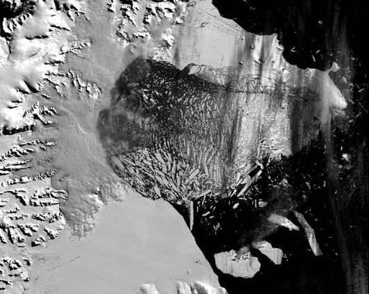 By March 5, the floating ice plain had crumbled and was beginning to float away.