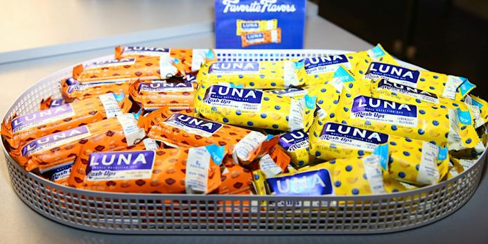 luna bar PARK CITY, UTAH - JANUARY 27: A view of LUNA bars on display during the 2020 Women at Sundance Celebration hosted by Sundance Institute and Refinery29, Presented by LUNA at Juniper at Newpark on January 27, 2020 in Park City, Utah. (Photo by Suzi Pratt/Getty Images for Refinery29)