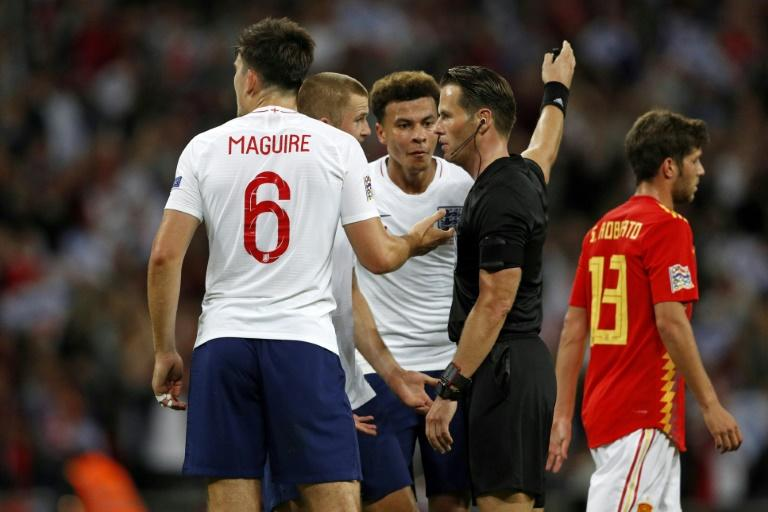 'Bottled it': England players surround Dutch referee Danny Makkelie for ruling out a late equaliser by Danny Welbeck