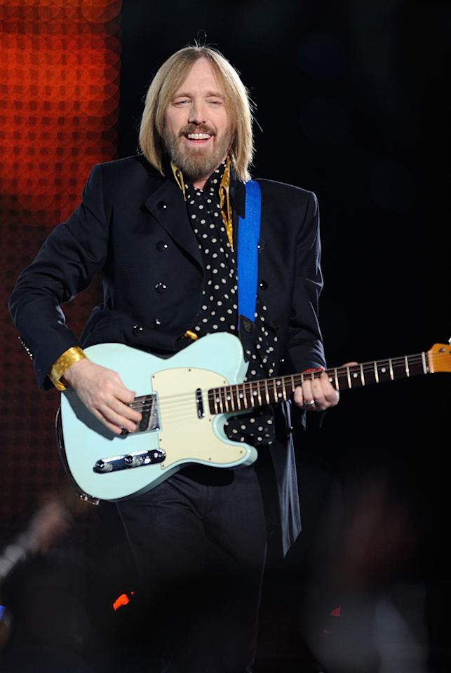 Tom Petty and The Heartbreakers perform during the 'Bridgestone Halftime Show' at Super Bowl XLII between the New York Giants and the New England Patriots on February 3, 2008 at University of Phoenix Stadium in Glendale, Arizona. (Photo by Theo Wargor/WireImage)