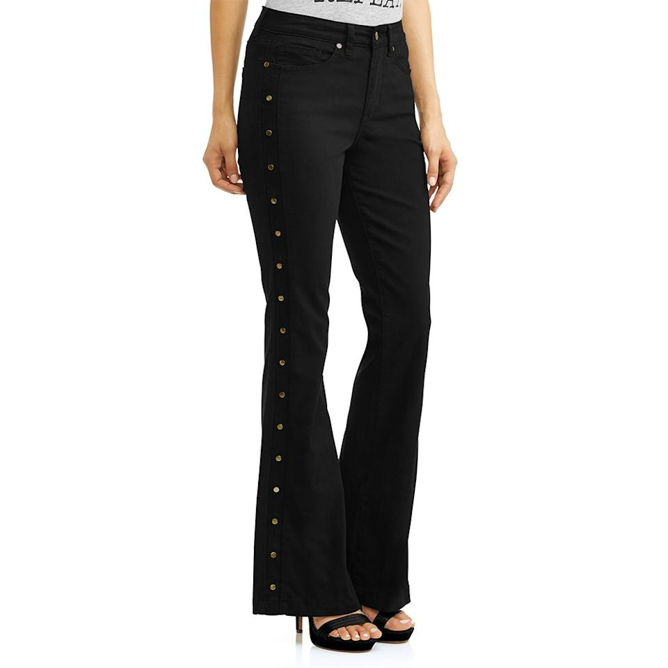 71e292e33e7  p These high-waisted jeans feature a little bit of stretch and stylish