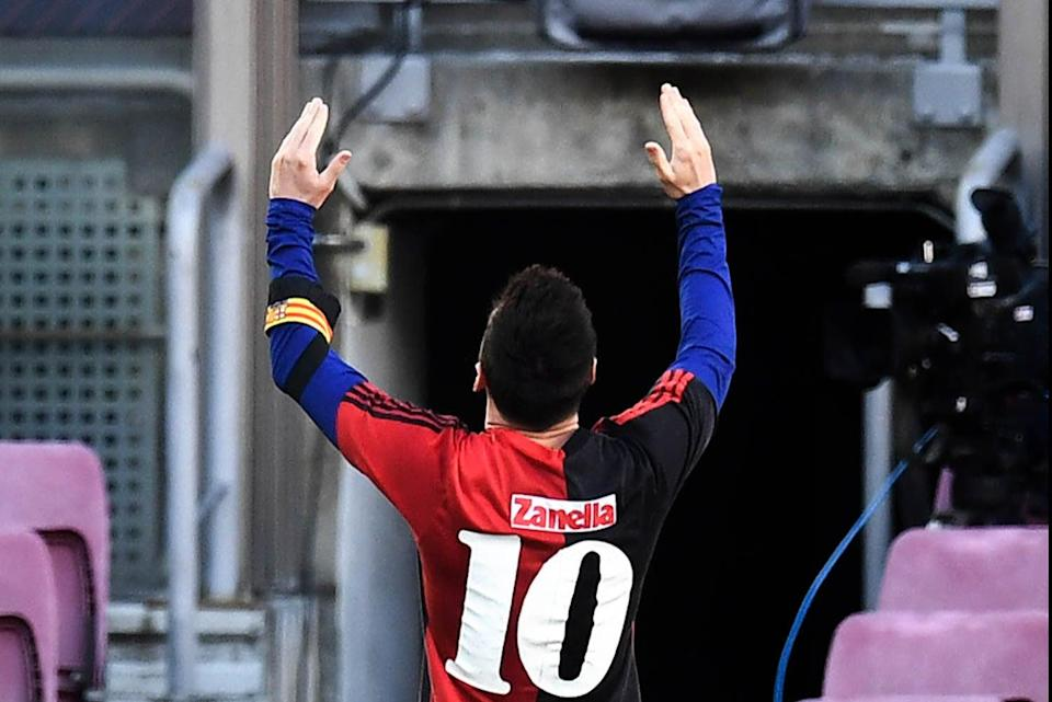 <p>Lionel Messi paying tribute to Diego Maradona on Sunday.</p>Getty Images