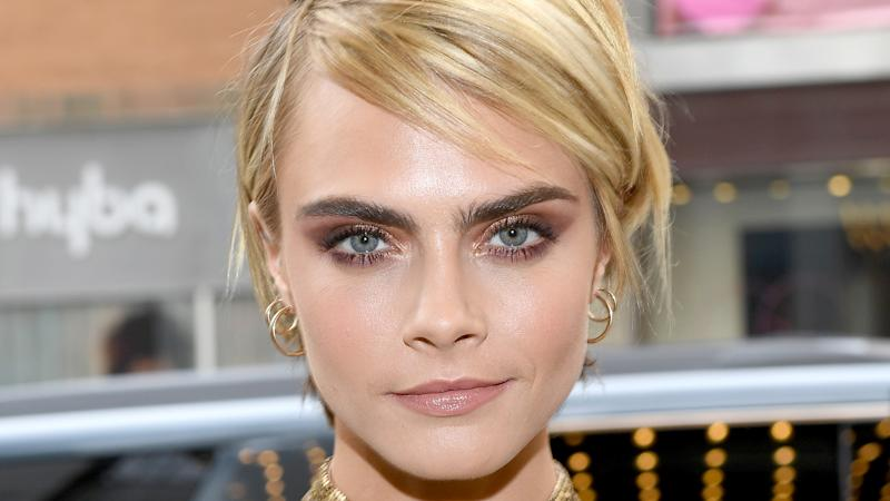 Cara Delevingne Talks How She & Ashley Benson Fell In Love—Adorable