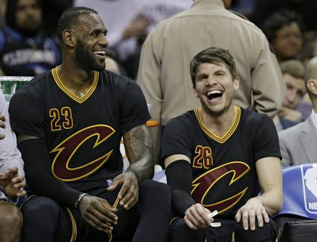 "LeBron James taught <a class=""link rapid-noclick-resp"" href=""/nba/players/3754/"" data-ylk=""slk:Kyle Korver"">Kyle Korver</a> there's more time to rest in blowouts, too. (AP)"
