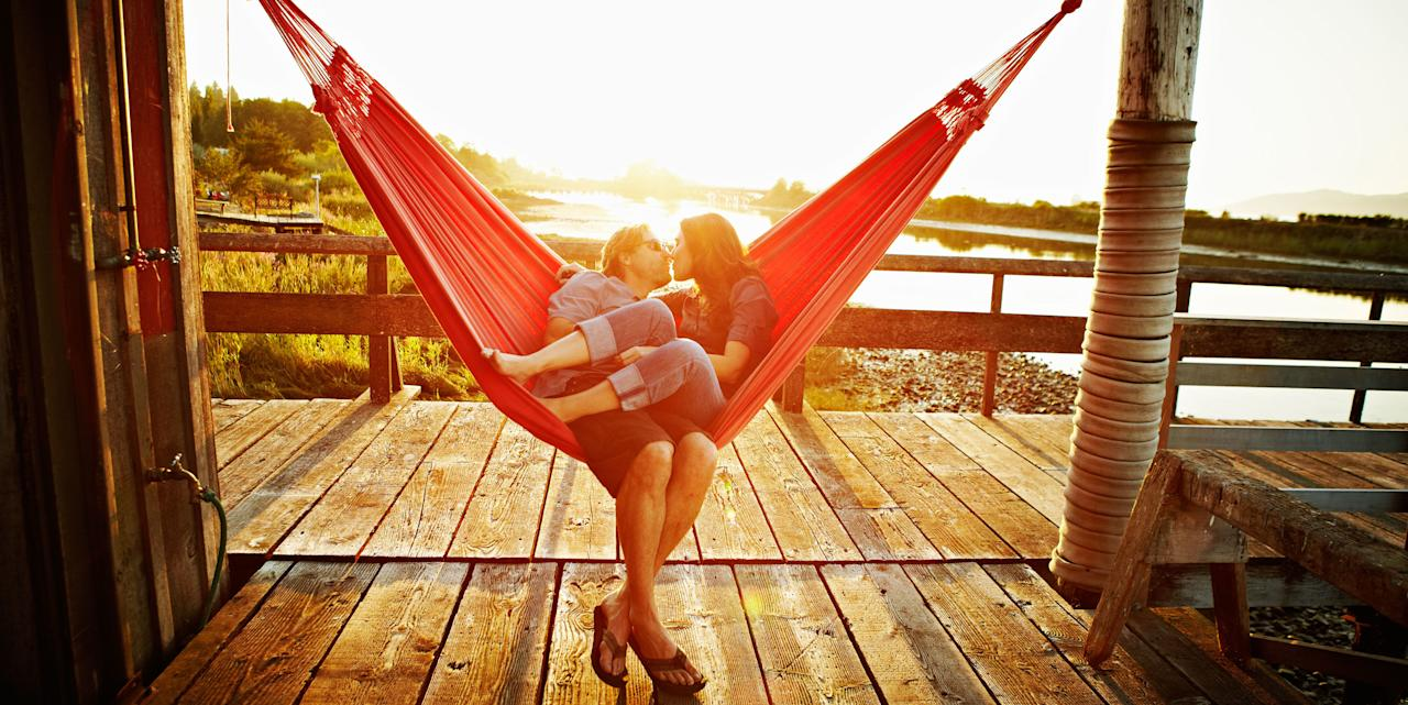 <p>Relationship pros share their secrets for avoiding their offices.</p>