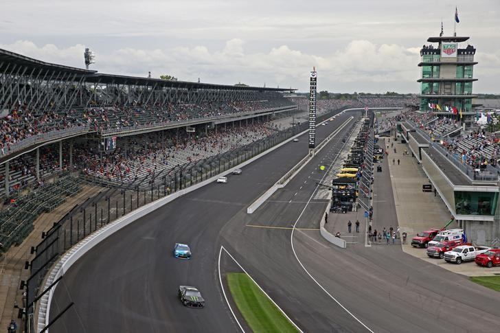 Brickyard 400 to run without fans