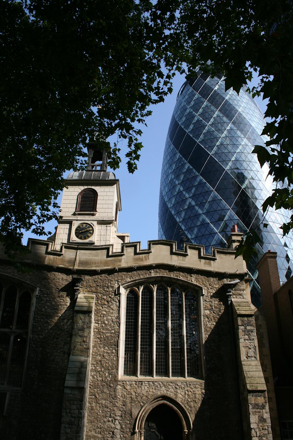"""<b>New and Old Architecture</b><br>An older building sets off the modern appearance of the office building known as the Gherkin because of its pickle shape.<br> Photograph by <a href=""""http://ngm.nationalgeographic.com/myshot/gallery/244177"""" rel=""""nofollow noopener"""" target=""""_blank"""" data-ylk=""""slk:Tina Morse"""" class=""""link rapid-noclick-resp"""">Tina Morse</a>, <a href=""""http://ngm.nationalgeographic.com/myshot/"""" rel=""""nofollow noopener"""" target=""""_blank"""" data-ylk=""""slk:My Shot"""" class=""""link rapid-noclick-resp"""">My Shot</a>"""