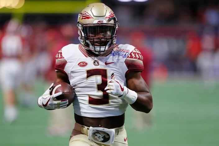 """Florida State product Cam Akers signed his contract with the Rams. <span class=""""copyright"""">(Kevin C. Cox / Getty Images)</span>"""