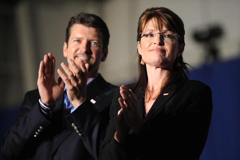 From left: Todd and Sarah Palin in 2008   ROBYN BECK/AFP via Getty Images