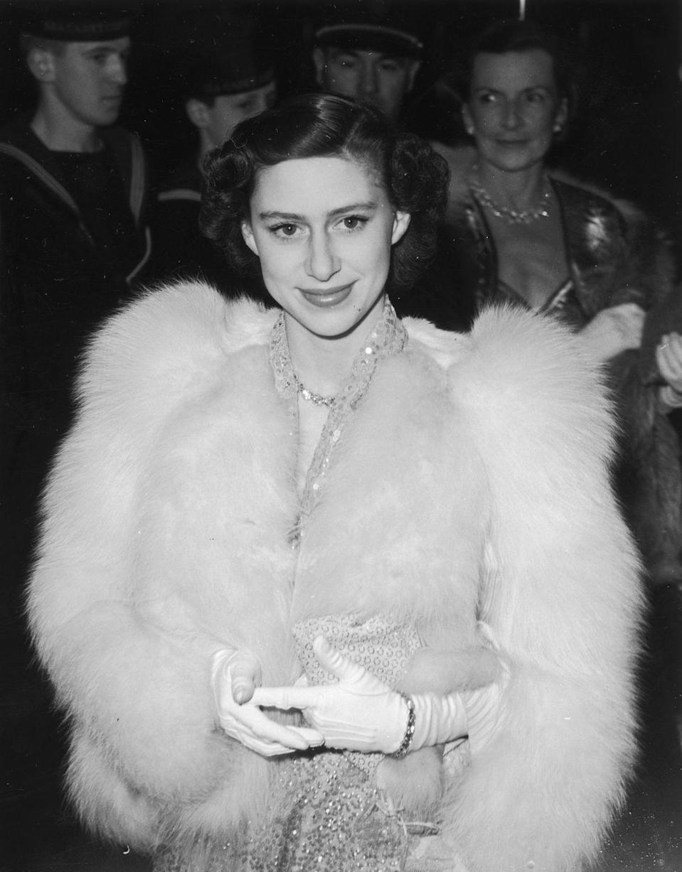 <p>Princess Margaret got all dolled up while attending the premiere of the film <em>Captain Horatio Hornblower</em>. </p>