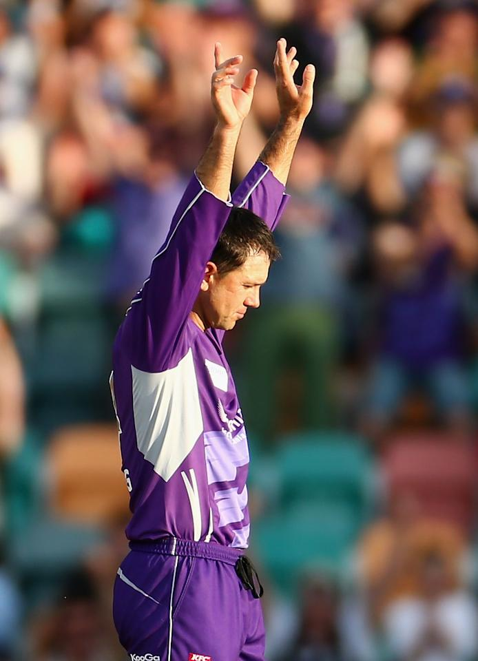HOBART, AUSTRALIA - DECEMBER 23: Ricky Ponting of the Hurricanes celebrates taking the wicket of Scott Coyte of the Thunder during the Big Bash League match between the Hobart Hurricanes and the Sydney Thunder at Blundstone Arena on December 23, 2012 in Hobart, Australia.  (Photo by Robert Cianflone/Getty Images)