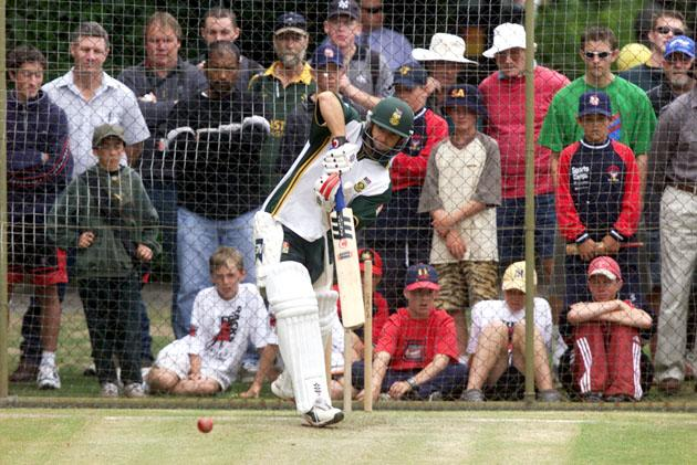 12 DEC 2001:  Gary Kirsten of South Africa in action during a South African nets session at Adelaide Oval, ahead of the first test between Australia and South Africa starting Friday, to be played at Adelaide Oval, Adelaide, Australia.DIGITAL IMAGE. Mandatory Credit: Nick Wilson/ALLSPORT