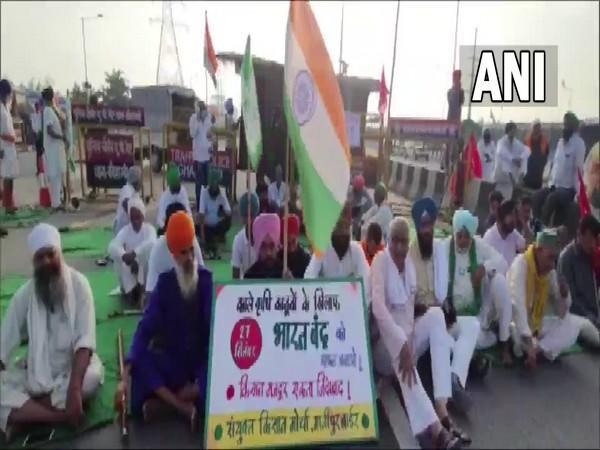 Visuals of farmers' protests from Ghazipur border. (Photo/ ANI)